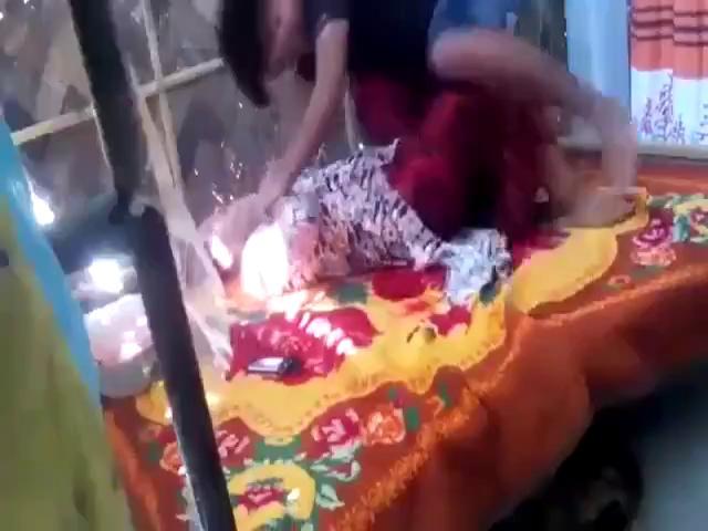 Next door neighbor fucking an aunty on the bed lanka x video