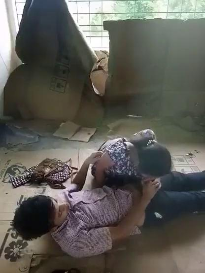 sinhala sexy girls outdoor cock sucking video with boys