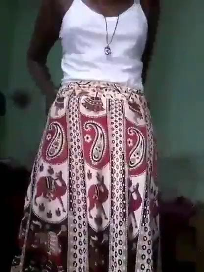 Tamil girl with black beauty body doing hot clothes changing xxx videos.com